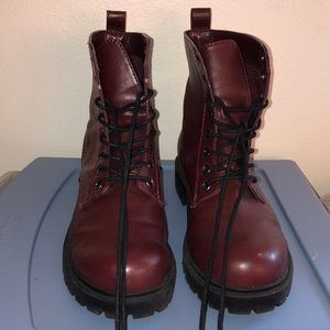 Divided burgundy Boots from H&M